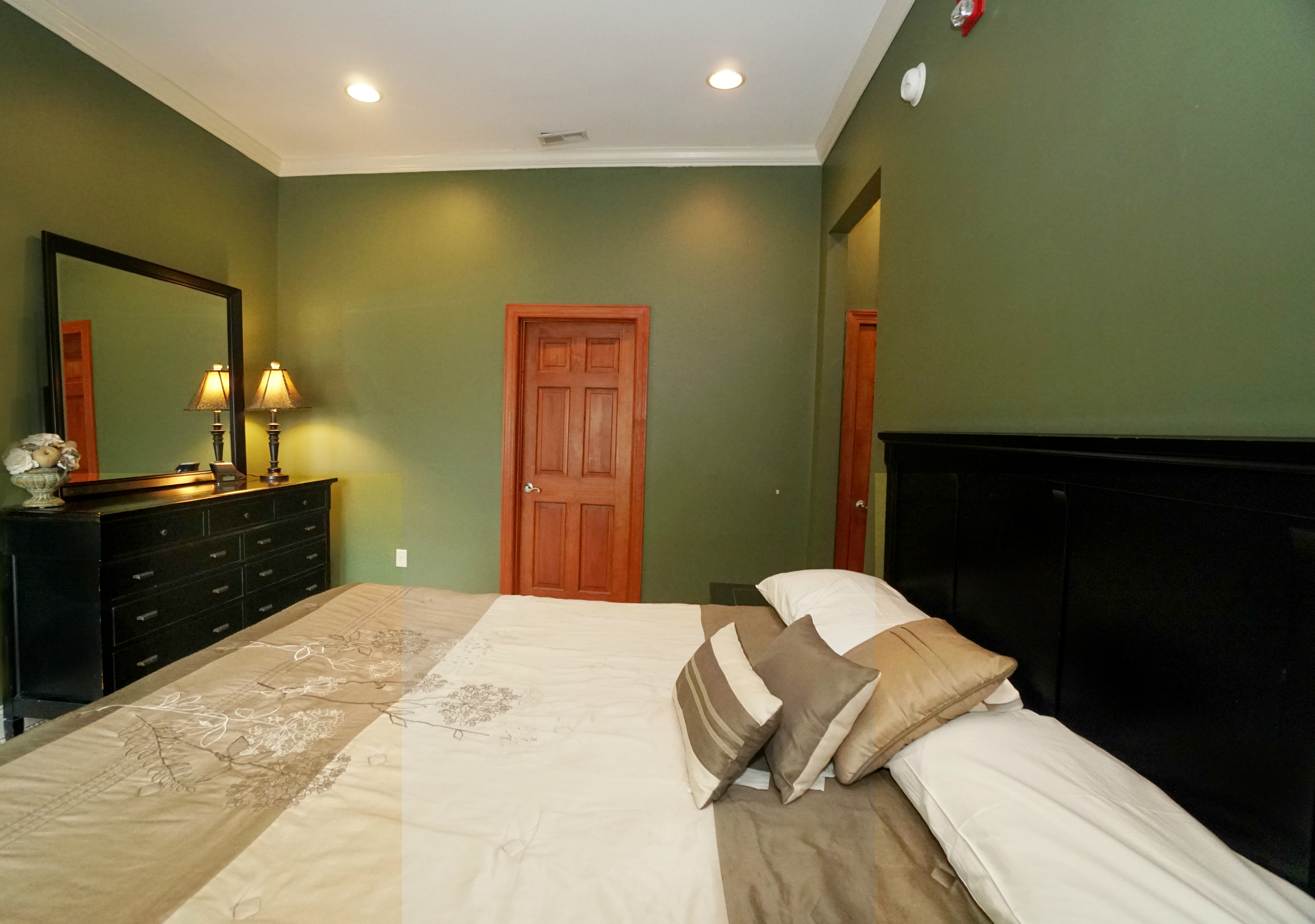 E Bed Suite 2 Main Deep Creek Lake Vacation Home Rentals