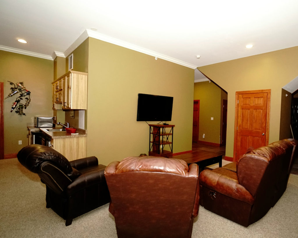 Vacation Rental By Owner Lower Level Main Room Deep