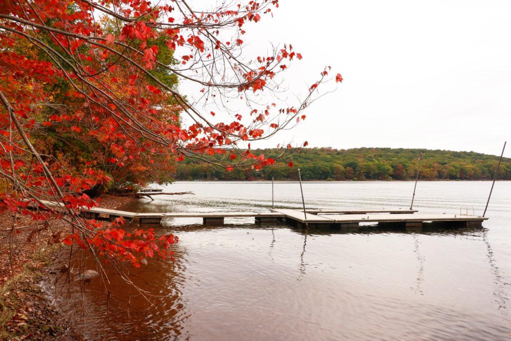 Deep Creek Lake Vacation Rentals Red Trees Fall Boat Dock
